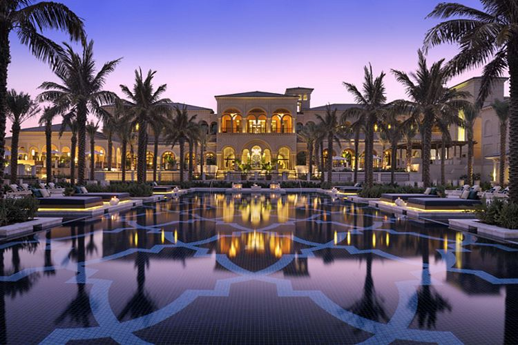 one only the palm dubai luxury hotel in united arab emirates