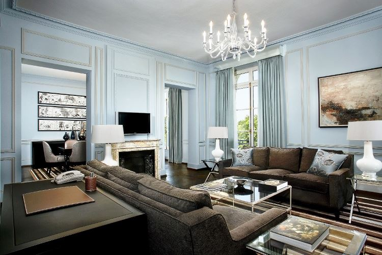 Versailles Suite living room