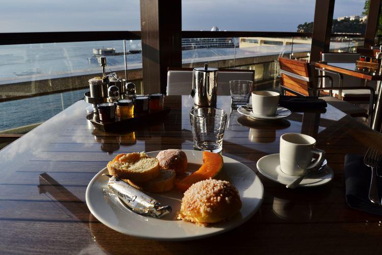 Seaview breakfast
