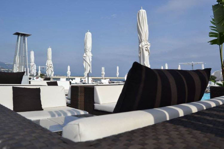 Fairmont Monte Carlo pool area