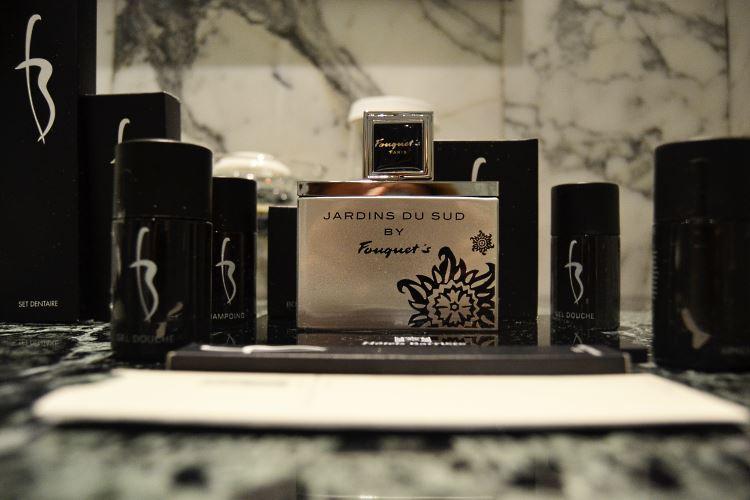Parfum Jardins du Sud by Fouquet's avec les produits Lucien Barrière