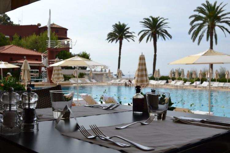Le Deck restaurant Monte-Carlo Beach