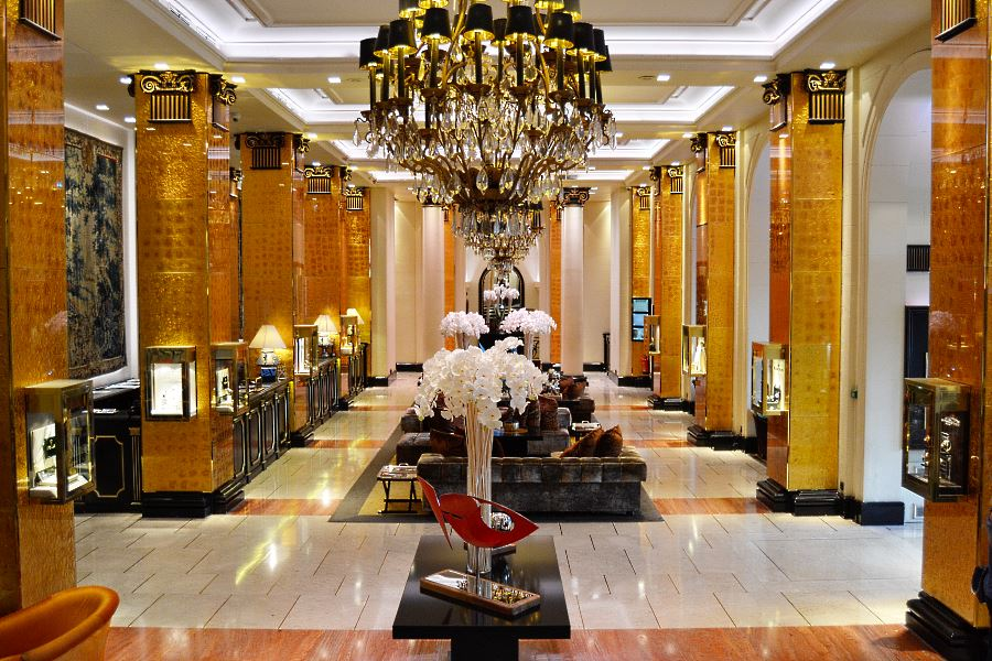 Majestic Barriere Cannes Lobby