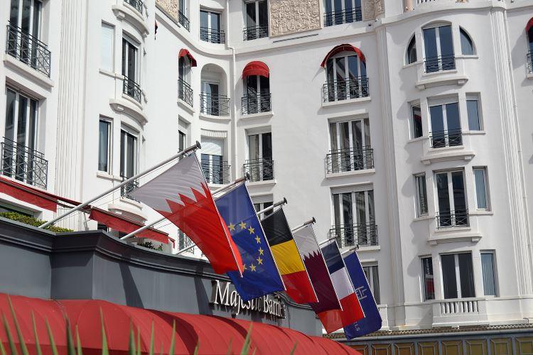 L'entrée du Majestic Barrière à Cannes