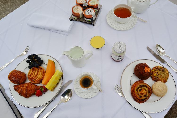 Petit déjeuner de l'hôtel Monte-Carlo Beach