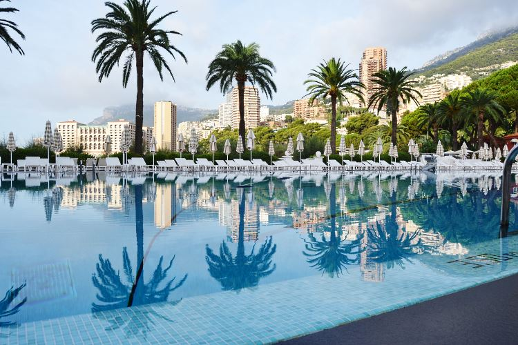 Monte Carlo Beach pool