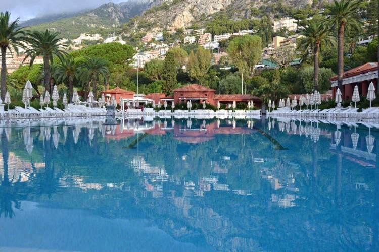 Monte Carlo Beach piscine