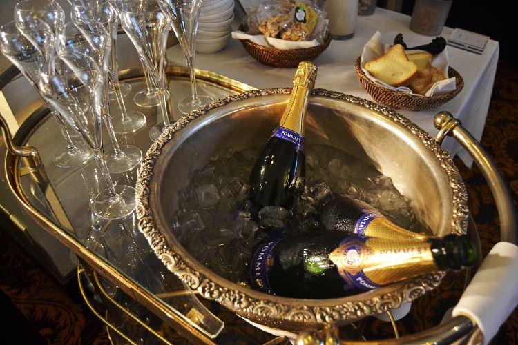Champagne Pommery du petit déjeuner