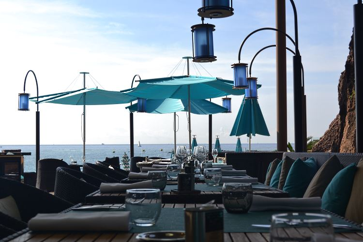 Le Moya Restaurant at the Tiara Miramar Beach & Spa