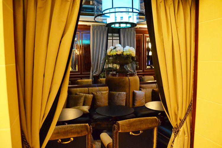 Le Belmont Paris hotel