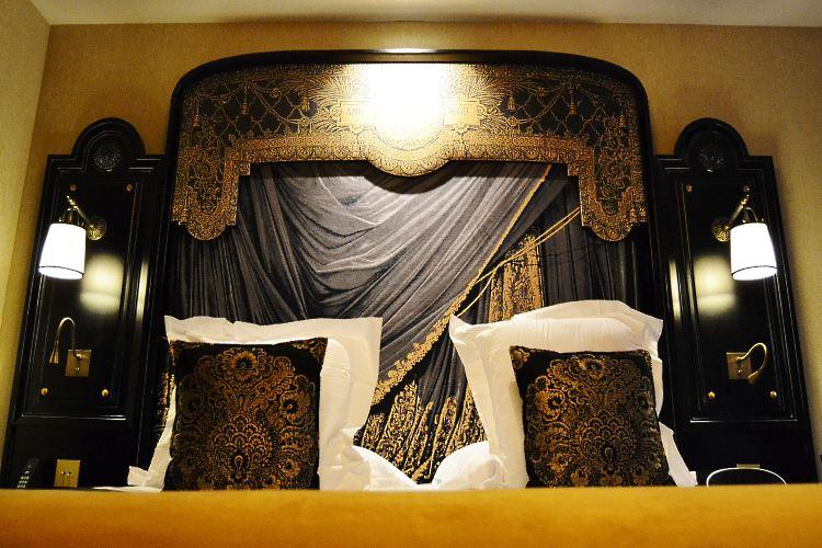 Le Belmont Paris Hotel King Bed Deluxe room