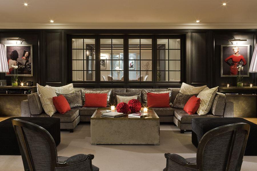 Salon de la Suite Dior - Ambiance de luxueux appartement parisien
