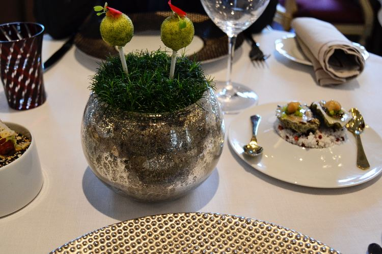 Gastronomic amuse-bouches