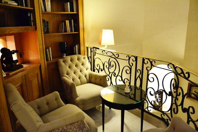 Cozy lounge corner at the Baltimore