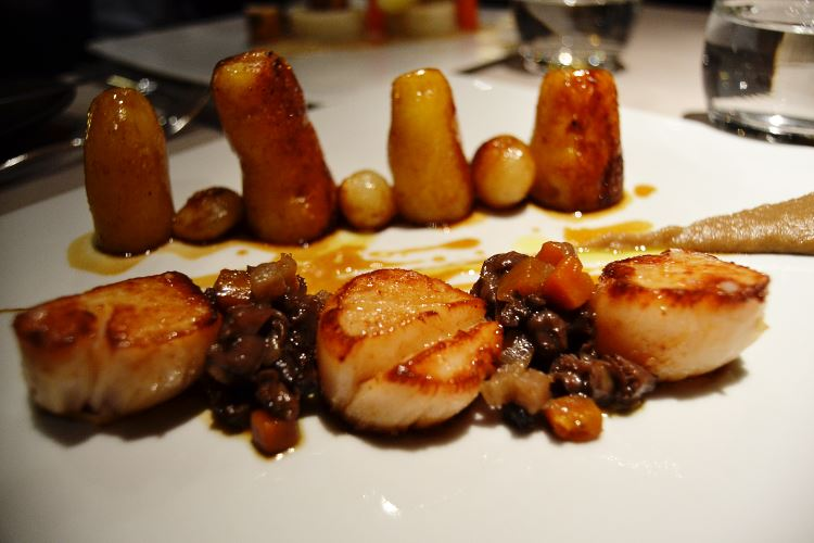 Roasted Scallops, burgundy, roasted fingerling potatoes and spring onions
