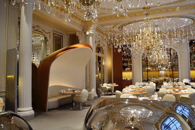 Alain Ducasse restaurant Plaza Athénée Paris