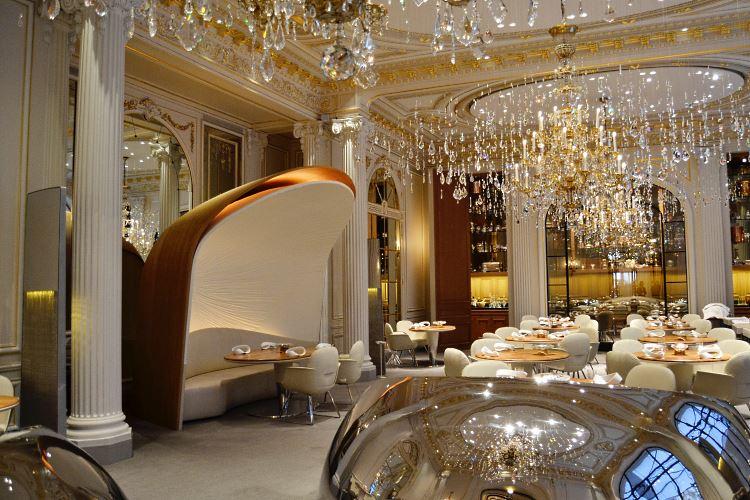 Alain Ducasse restaurant Plaza Athenee Paris