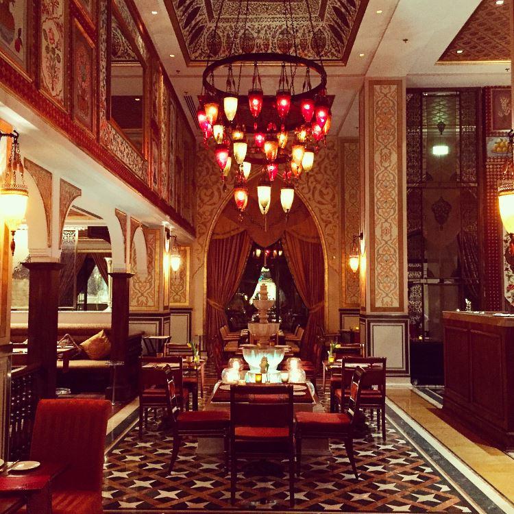 Jumeirah Zabeel Saray Dubai Lalezar restaurant 1