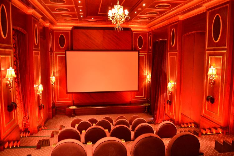 Jumeirah Zabeel Saray Dubai cinema