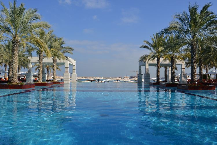 Jumeirah Zabeel Saray Dubai pool