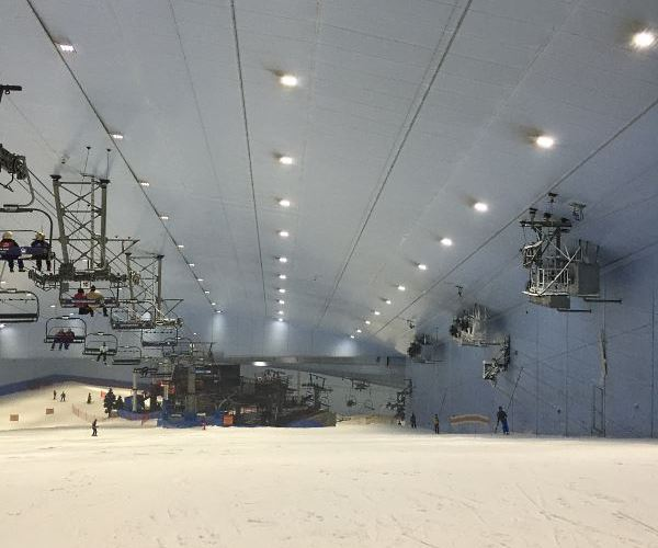 La piste de Ski Dubaï au Mall of Emirates