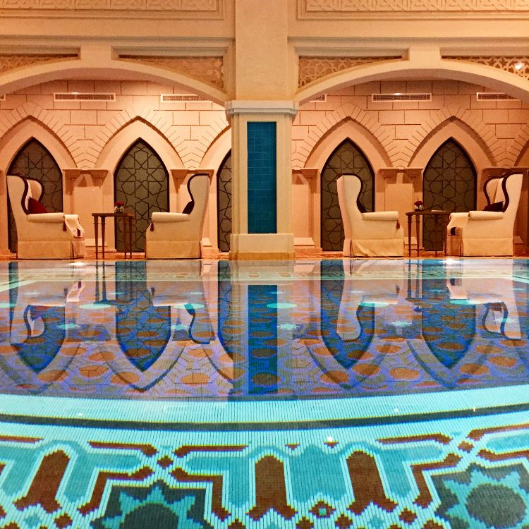 Piscine du Spa du Zabeel Saray