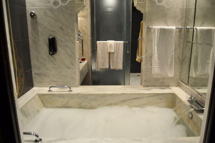 Zabeel Saray Bathroom Turkish bath