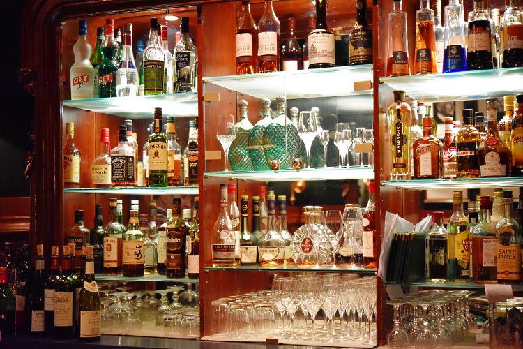 Duke's bar Westminster Paris