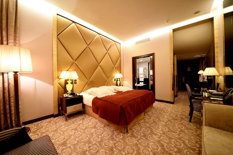 Guestroom Fouquet's Barrière Paris
