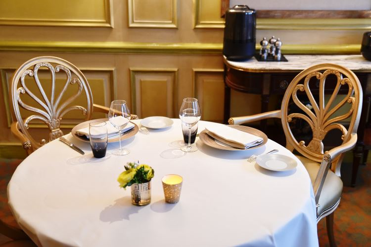 Restaurant Le Céladon Paris Westminster