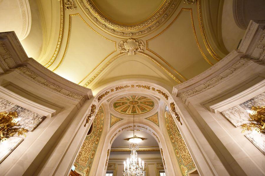 Shangri-La Paris ceiling