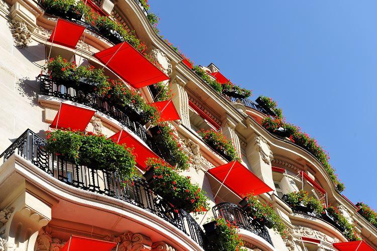 Plaza Athénée - Hotel