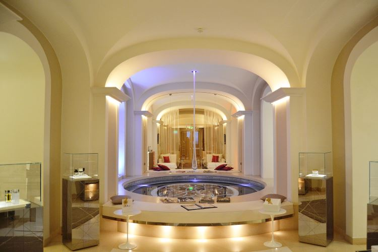 Spa Dior Plaza Athenee Paris