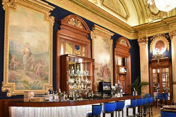 Casino Monte Carlo bar