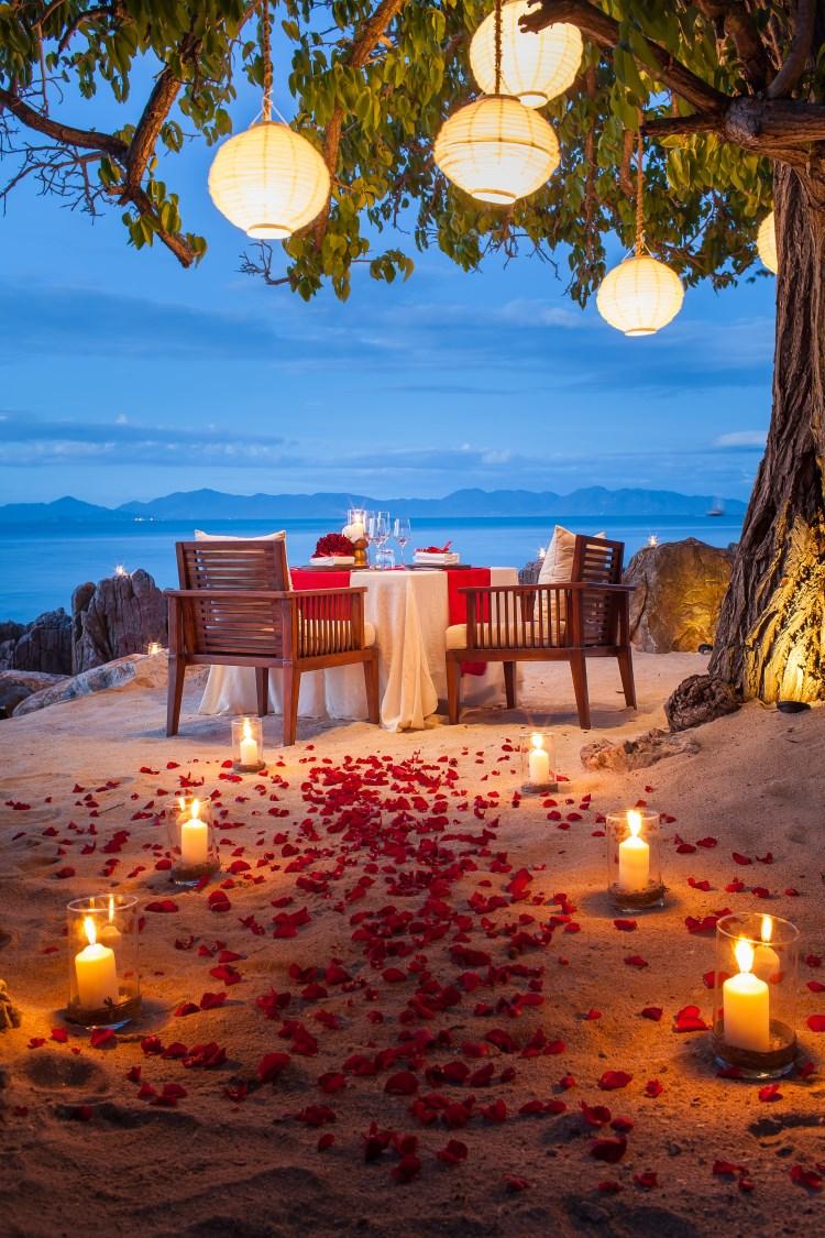 Four Seasons Resort Koh Samui - Dîner en amoureux sur la plage