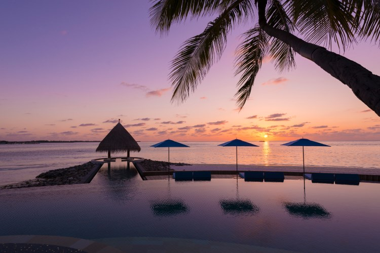 Four Seasons Kuda Huraa - Serenity Pool