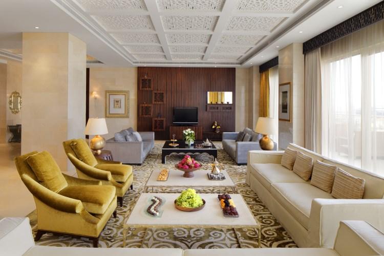 Raffles Dubaï - Le salon de la Suite Ambassador