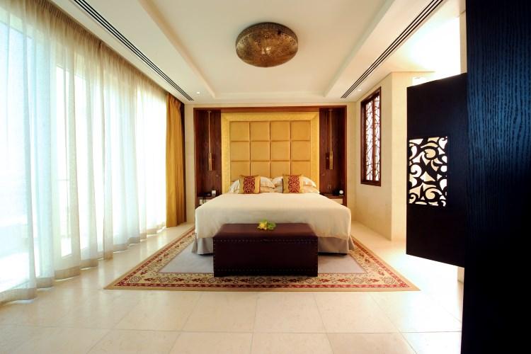 Raffles Dubai - Diplomatic Suite Bedroom