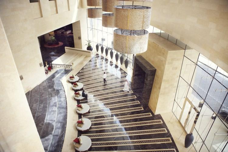 Raffles Dubai - Lobby