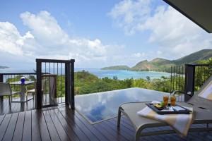 Piscine d'une Pool Villa vue océan
