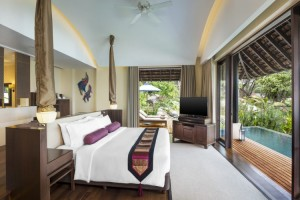 Tropical Pool Villa Bedroom