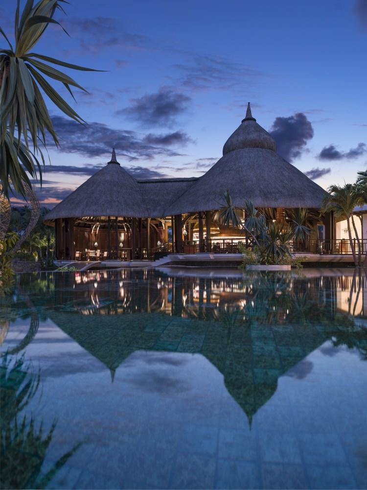 Shangri-La Île Maurice - Le restaurant Safran en soirée