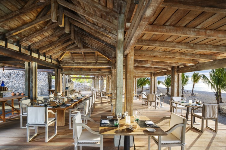 St Regis Mauritius - The Boathouse Grill & Bar