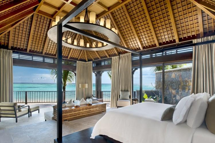 St Regis Mauritius - The St Regis Villa - Master Bedroom