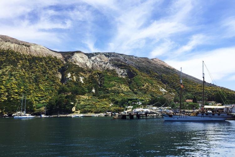 Vulcano Harbor - Porto di Levante