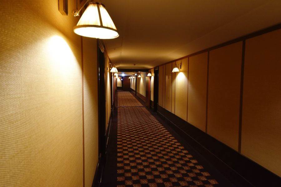 La Reserve Geneva - Corridor to the rooms