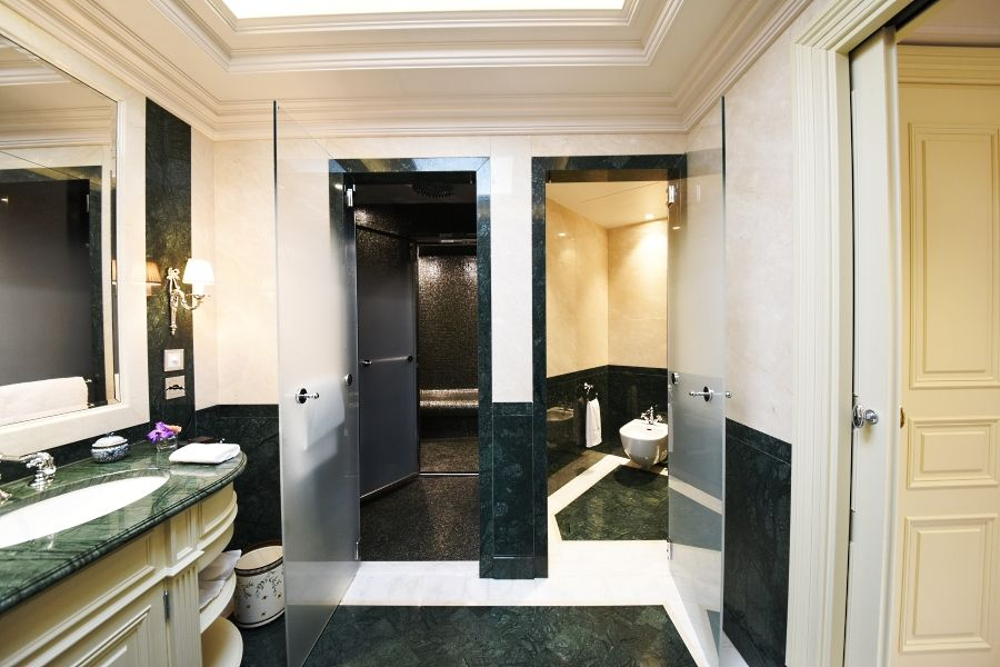 Beau Rivage Hotel Geneva - Heavenly Suite - Bathroom