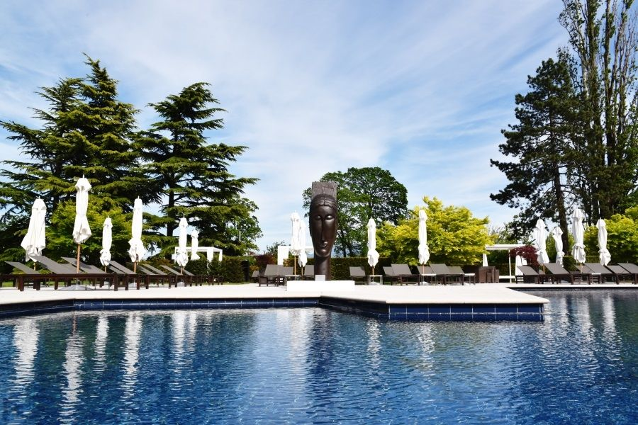 La Reserve Geneva - Outdoor pool