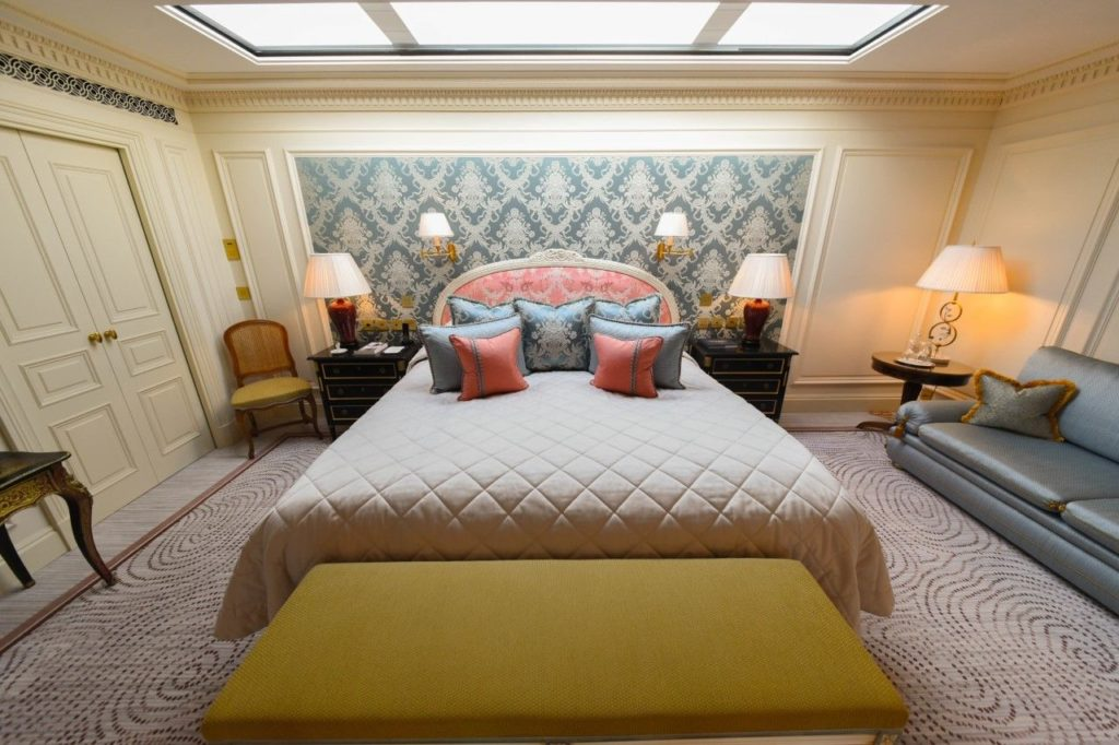 Beau Rivage Geneva - Bedroom in the duplex